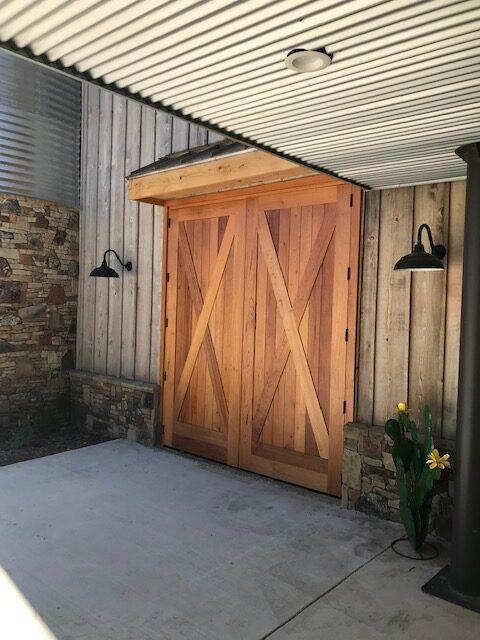 Garage Artisanal Door